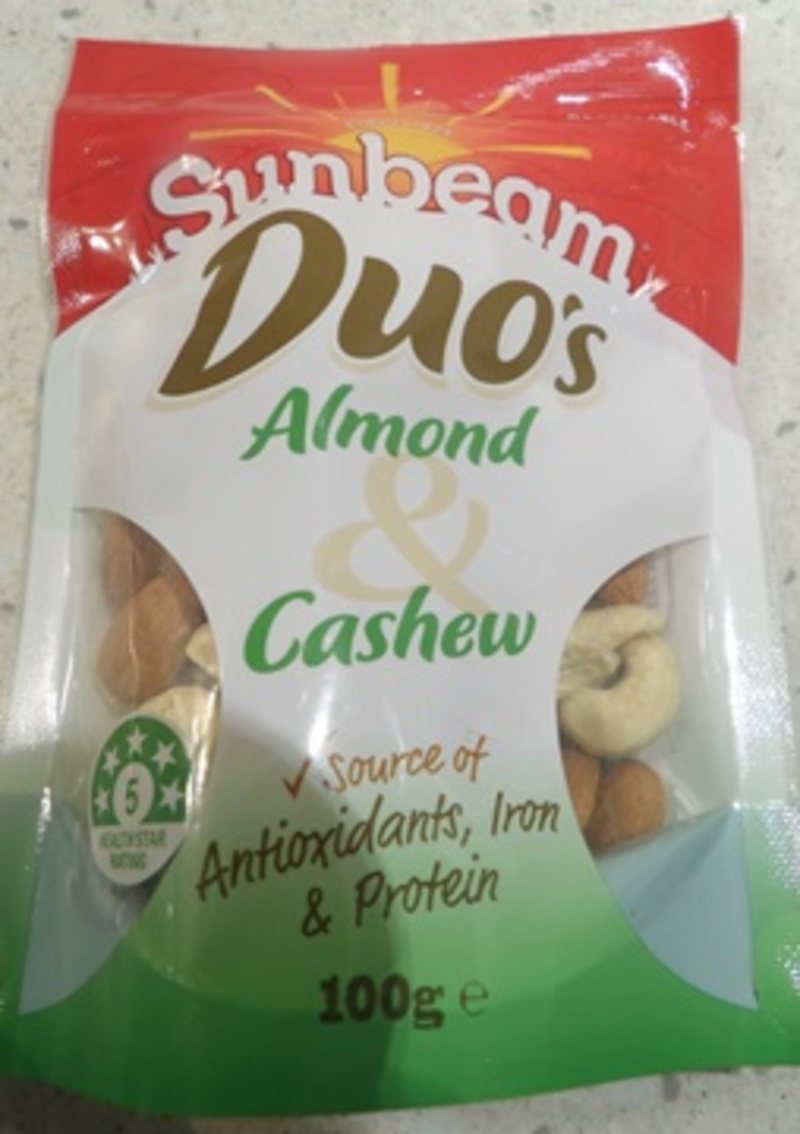 almond,and,cashew,mixture