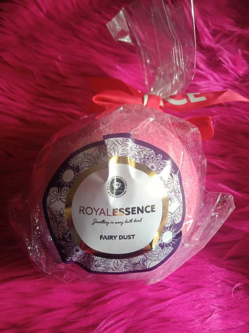 Fairy Dust Bath Bomb from Royal Essence