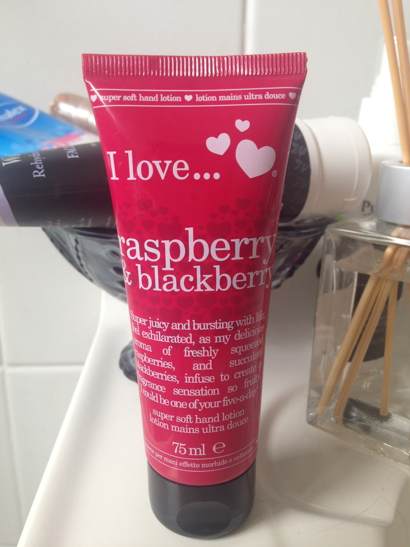 I Love... Super Soft Hand Lotion, Raspberry & Blackberry